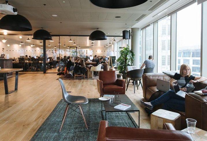 moderny coworking v priestoroch administrativnej budovy