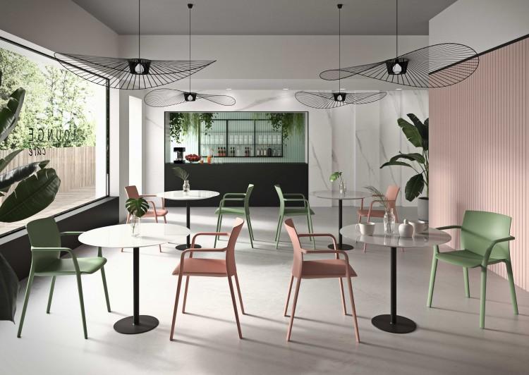 Dizajnová stolička Klia s multifukčným využitím