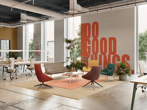 pohodlne kresla a stolicka bow od forma 5 vo farebnej kancelarii